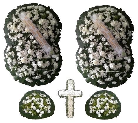 conjunto coroa de flores CB8